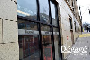 degagedoor-sm